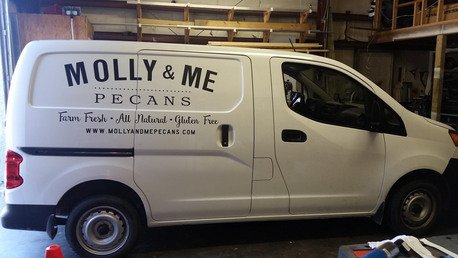 Custom Vehicle Graphics & Lettering - Summerville